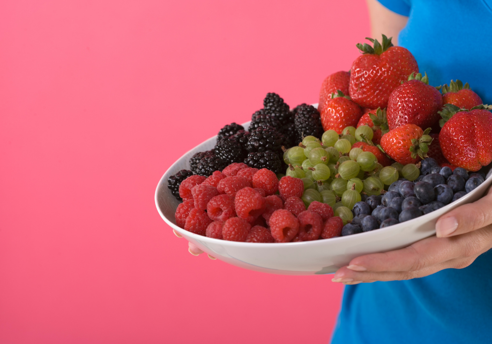 Fruits and vegetables help maintain healthy gums and teeth.
